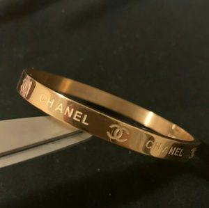 Dazzling beaut gorge bracelet 💋💋💋💋💋